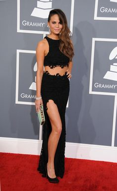 Grammy Awards 2013 Best-Dressed Celebrities: From Rihanna To Beyoncé, These Stars Stunned On The Red Carpet (PHOTOS)