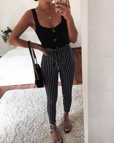 Chic summer outfits ideas for spring summer fashion trendy outfits 2019 Mode Outfits, Casual Outfits, Fashion Outfits, Womens Fashion, Travel Outfits, Travelling Outfits, Fashion Socks, Fashion 2018, Looks Camisa Jeans