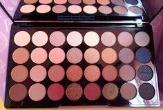 Hodnotenia kozmetiky: Makeup Revolution - paleta 32 neutrálnych očných tieňov *Flawless*