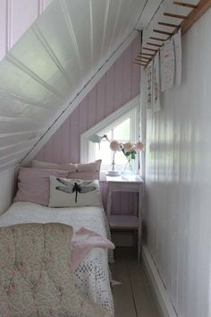 Tiny lavender bedroom makes great use of space under the eaves. Tiny lavender bedroom makes great use of space under the eaves. Very Small Bedroom, Small Attics, Attic Bedroom Small, Attic Bedroom Designs, Extra Bedroom, Attic Design, Small Rooms, Small Spaces, Attic Spaces