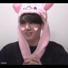 Jimin, Jungkook Cute, Foto Jungkook, Bts Taehyung, V Bts Wallpaper, Bts Chibi, About Bts, Bts Edits, Kpop