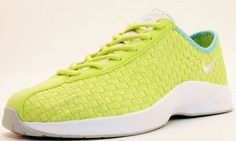 Women's Nike Air Superfly Woven Summer 2010   SneakerFiles