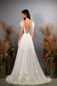 f1153c561c4 Bridal Fashion Week  Hermione De Paula. Wedding Dress TrendsGorgeous ...
