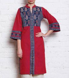 Pink Ajrakh Printed Cotton Kurta Batik Kebaya, Batik Dress, Blouse Dress, Indian Attire, Indian Wear, Pakistani Outfits, Indian Outfits, Kurta Designs, Blouse Designs