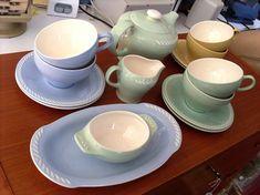 Figgjo | Elske kombinasjonen av den grønne og blåe :))) <3 Ragnar, Scandinavian, Tea Cups, Pottery, Retro, Tableware, Glass, Kitchen, Design