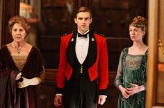 dearestdownton (Posts tagged matthew crawley) Downton Abbey Costumes, Downton Abbey Fashion, Jane Austen, Zoe Boyle, Penelope Wilton, Matthew Crawley, Downton Abbey Series, Dan Stevens, Historical Romance