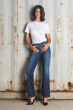 Women's flare fit jeans. Slim fitting block from the waistline to the knee line and flare bottom. Jeans Fit, Bell Bottom Jeans, Flare, Fall Winter, Slim, Fitness, Pants, Women, Fashion
