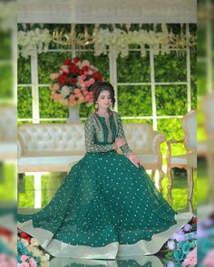 Discovered by Find images and videos on We Heart It - the app to get lost in what you love. Beautiful Pakistani Dresses, Pakistani Formal Dresses, Pakistani Dress Design, Indian Dresses, Beautiful Dresses, Pakistani Suits, Desi Wedding Dresses, Formal Dresses For Weddings, Wedding Dress Styles