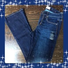 Last day! Abercrombie & Fitch Skinny Boot 4S NWT. Also says size w27 L31 on the tag. Abercrombie & Fitch Jeans