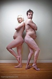 "This is one of the best maternity ""couples"" photo ever!  LOL @Jodie Byrne"