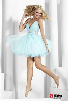 Vintage Light Blue Prom Dress Short Beaded Tulle Straps V-neck Wholesaler