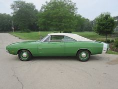 1969 Dodge Charger F6 Bright Green Numbers Matching HEMI. | Muscle Car