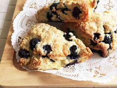 簡単HMでブルーベリースコーン。朝食にもの画像