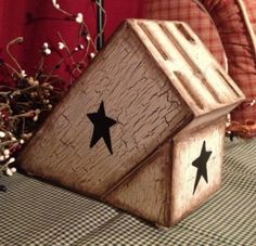 Crackle painted knife block, great idea for changing the look of those ugly blocks