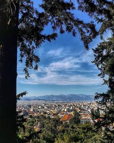 Σήμερα λέμε Καλημέρα με άπλα  Φωτογραφία: @panagiotis.th  #todayinathens #athens #city #view #sky #cityview #citywalk #cityvibes #urbanathens #urban #colors #photography #great #photographers #photooftheday #art #iloveathens http://tipsrazzi.com/ipost/1506456431279419136/?code=BToAiSIAy8A