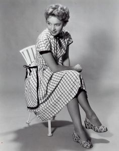 Jan 1984. Beverly Garland as Dorothy Dotty West on Scarecrow and Mrs.