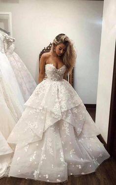Cute Wedding Dress, Wedding Dresses Photos, Tulle Wedding, Designer Wedding Dresses, Wedding White, Fluffy Wedding Dress, Wedding Ceremony, Wedding Venues, Fairy Wedding Dress