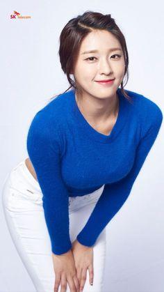 Korean Beauty, Asian Beauty, Kim Seolhyun, Korean Celebrities, Celebs, Female Poses, Korean Model, Beautiful Asian Women, Sexy Asian Girls