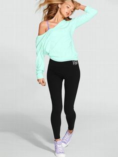 VS PINK Yoga Pants: Women's Yoga Bottoms from Victoria's Secret PINK. Want this outfit to go to work in! Summer Pants Outfits, Yoga Pants Outfit, Pink Yoga Pants, Pink Outfits, Sport Outfits, Cute Outfits, Fashion Outfits, Outfit Summer, Yoga Outfits