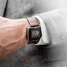 Basis il tracker per il fitness e il sonno che nasce da Intel