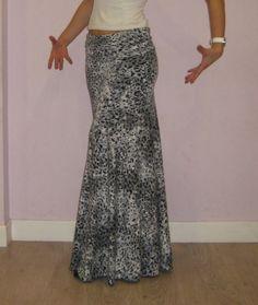 Falda con corte diagonal 1