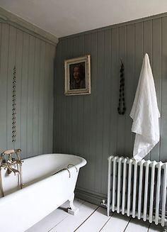 Modern Country bathroom, with tongue and groove paneling painted in Farrow and… Bad Inspiration, Design Hotel, Small Bathroom, Bathroom Grey, Bathroom Inspo, Bathroom Vanities, Bathroom Designs, Modern Bathroom, Bathroom Plants