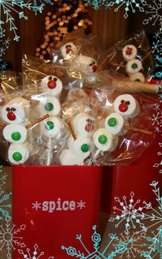 25 Days of Christmas Fun: Marshmallows Here, There & Everywhere!!
