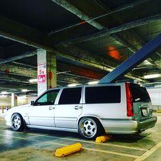 volvov70 Volvo V70r, Volvo Wagon, Volvo Xc60, Car Manufacturers, Old School, Vehicle, Wheels, Dreams, Cars