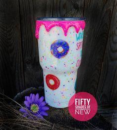 Kids Tumbler, Tumbler Cups, Tervis Tumbler, Diy Tumblers, Custom Tumblers, Diy Resin Art, Resin Crafts, Dipped Yeti Cups, Christmas Craft Show