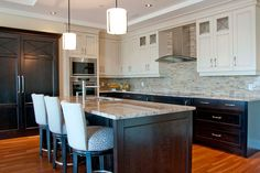 Gallery | Kitchens | Cabinets | Countertops | Deslaurier Custom Cabinets