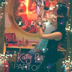 At the sneak peek of Katy Perry's, Part of Me! #KP3D