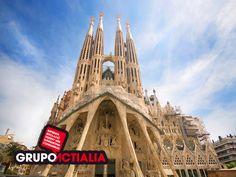 Barcelona. La Sagrada Família. Grupo Actialia ofrece sus servicios en Barcelona: Diseño web, Diseño gráfico, Imprenta y Rotulación. www.grupoactialia.com