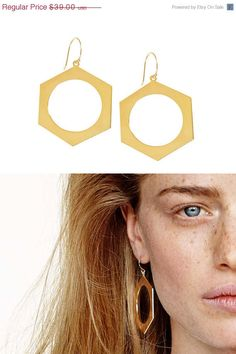 25% OFF Gold plated dangle earrings geometric by benamimichal