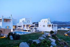 Discover Naxos where the Aegean meets the mountains. Here, the Villas of the Naxian Luxury Collection promise an idyllic environment where dreams come true.