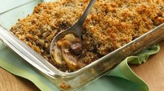 Apple-Fig Brown Betty-As good as Grandma's, this dessert overflows with juicy… Apple Recipes, Great Recipes, Favorite Recipes, Yummy Recipes, Dessert Recipes, Apple Brown Betty, Chili Cheese Dips, Fast Easy Meals, Deserts