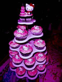 Hello kitty Cupcake Tower.. LOVE!