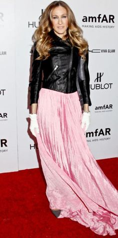 Look of the Day › February 9, 2012 WHAT SHE WORE For the amfAR gala, Sarah Jessica Parker topped her pink Oscar de la Renta gown with a leather Theyskens' Theory jacket and added white gloves. WHY WE LOVE ITThe style icon kicked off the festivities in an edgy pairing from two of New York Fashion Week's finest!