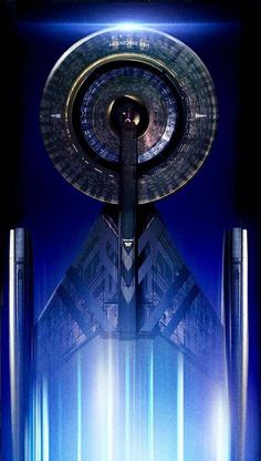 USS Discovery from Star Trek: Discovery Uss Discovery, Stark Trek, Star Trek Convention, Star Trek Reboot, Starfleet Academy, I See Stars, Star Trek Images, Star Trek Beyond, Star Trek Characters