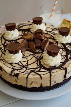 Reese's Peanut Butter Cup Cheesecake -- no baking