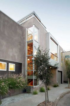 Open Box 2 is a residential project designed and constructed by San Francisco-based design firm, Feldman Architecture