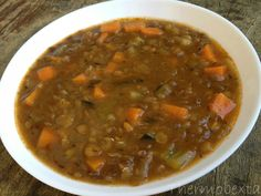 This is such a flavoursome, hearty soup that I hope you enjoy as much as we do. … This is such a flavoursome, hearty soup that I hope you enjoy as much as we do. It warms you up from the inside and is perfect for a cold day! My Recipes, Soup Recipes, Cooking Recipes, Healthy Recipes, Vegetarian Recipes, Recipies, Thermomix Soup, Chicken Broth Can, Bellini Recipe