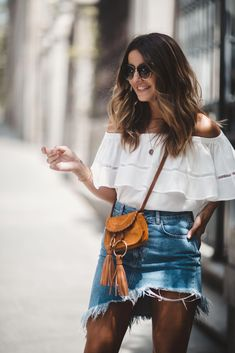 Steal Her Style: Asymmetrical Denim Skirt - The Daily Dose Spring Summer Fashion, Spring Outfits, Style Summer, Summer Wear, Steal Her Style, Off Shoulder Bluse, Shoulder Tops, Denim Skirt Outfits, Denim Skirts