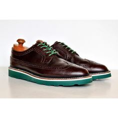 The thick wedge Bricklayer colored sole from Greenwich Vintage on a pair of chocolate longwings