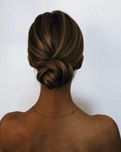 Veil Hairstyles, Trendy Hairstyles, Wedding Hairstyles, Hairstyle Ideas, Hairstyle Tutorials, Hair Ideas, Easy Hairstyle, Homecoming Hairstyles, School Hairstyles