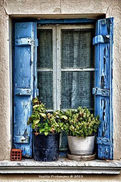 Greek Village House Window Like the blue shutters Old Windows, Windows And Doors, Window View, Village Houses, Through The Window, Old Doors, Window Boxes, Doorway, Belle Photo