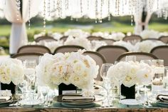 decoration-roses-blanches.jpg (500×333)