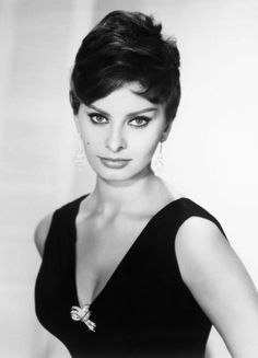 Sophia Loren    Loren followed a Mediterranean diet religiously, which meant she always had a bottle of olive oil at arm's length. She kept her skin soft and luminous by soaking in a hot bath with a few splashes of oil.