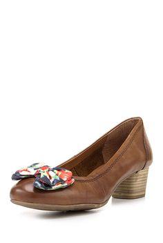 Pantofi,+maro Women's Pumps, Salvatore Ferragamo, Loafers, Flats, Brown, How To Wear, Shoes, Fashion, Travel Shoes