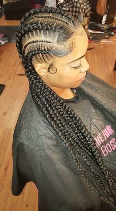 Cornrows are a style of hair grooming that consists of tight braids, which are to the scalp. These type of braids are an art form started in Africa. Cool Braid Hairstyles, Braided Hairstyles For Black Women, My Hairstyle, African Hairstyles, Girl Hairstyles, Black Hairstyles, Teenage Hairstyles, Hairstyles Videos, Hairstyles 2018