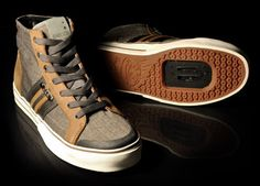 spd-compatible tweed and leather street shoe / designed in san francisco